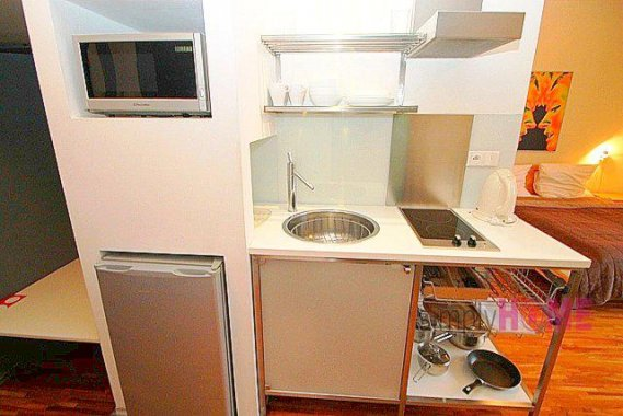 Also In The East, For Only $508 A Month This Homey Two Bedroom Apartment In  Downtown Budapest Could Be Yours. Thatu0027s Rightu2014for $200 Less Than What You  Spend ...