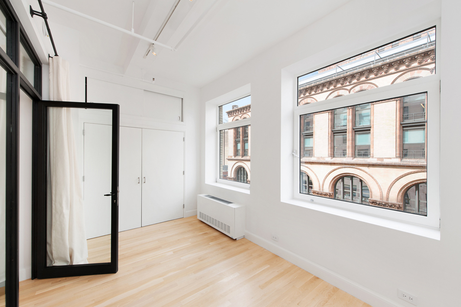 large_window_real_estate_photography
