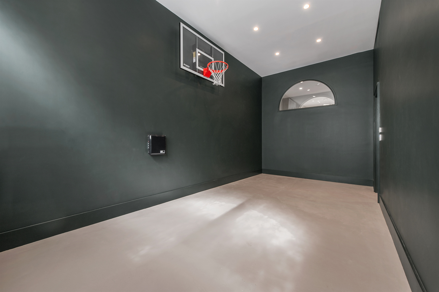7-basketball-court-in-nyc